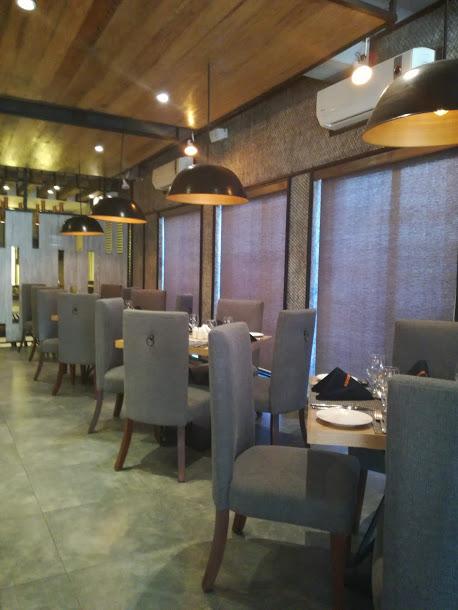 Tierra Nuestra - Indoor Sitting