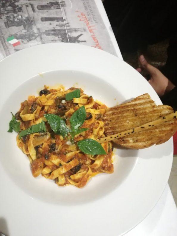 Cafe Barbera -Penne Arrabiata Pasta