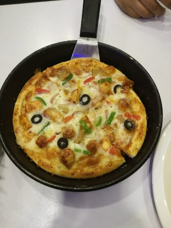 Black Pearl Cafe - Small Pizza
