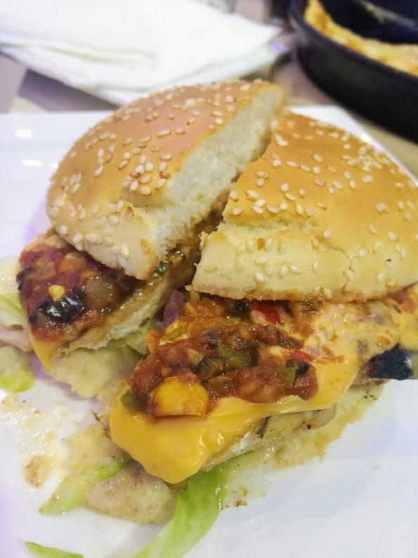 UK55 - Mexican Salsa Burger