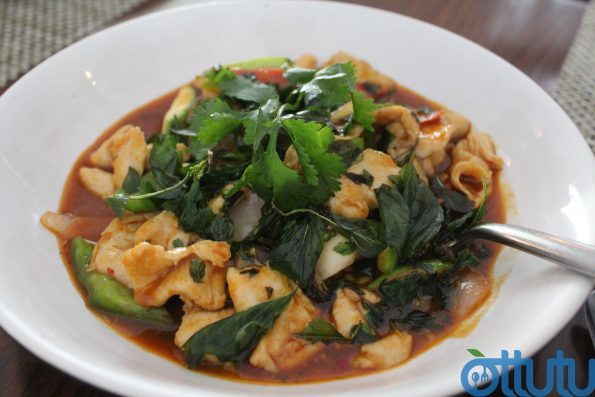 Wok Fried Chicken With Holy Basil - Fuchsia Kitchen