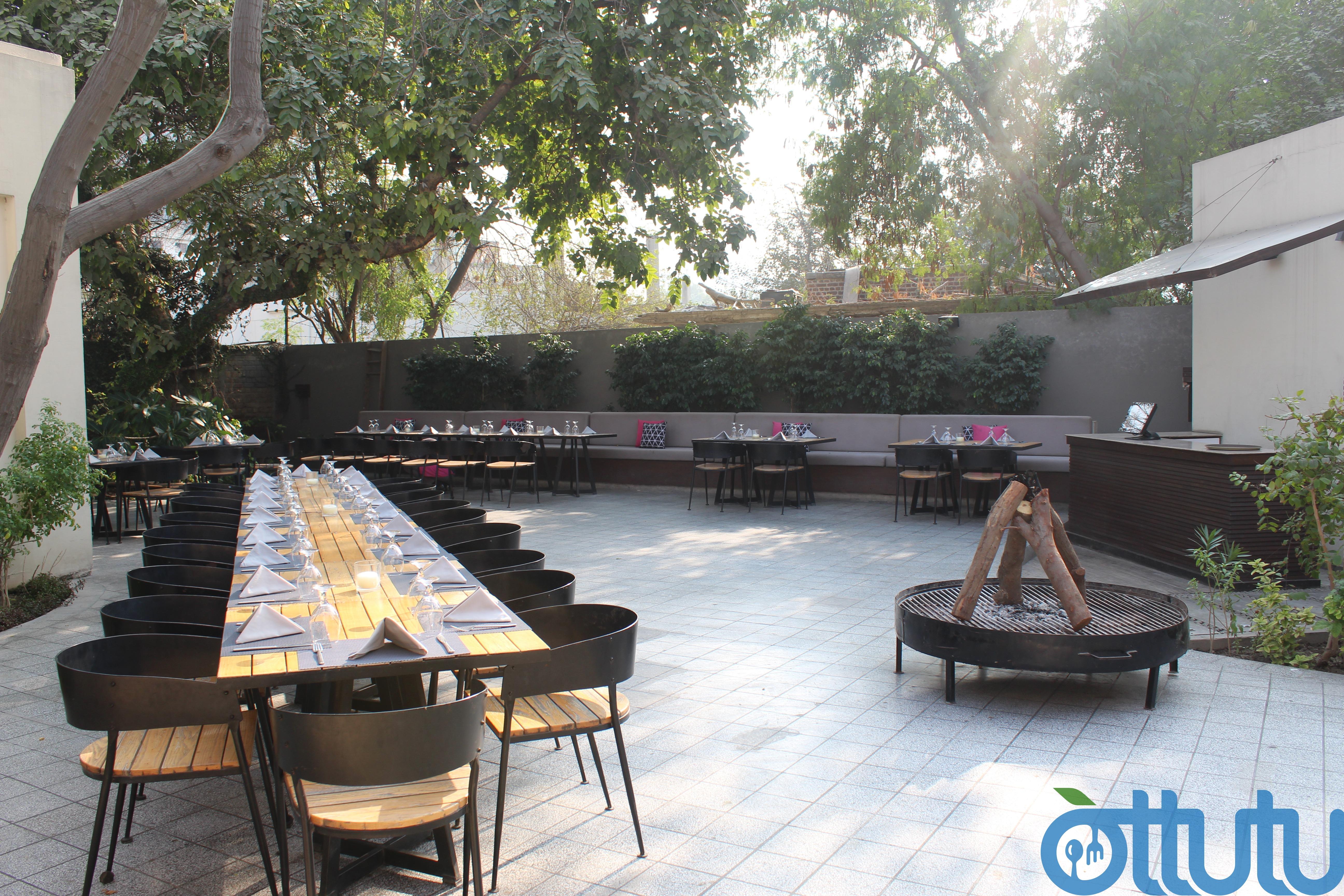 Fuchsia Kitchen Outdoor