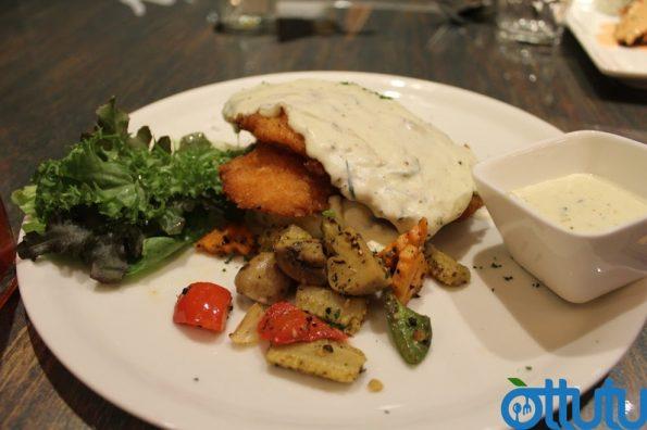Myst Cafe - Three Cheese Chicken