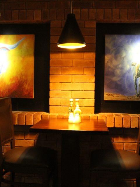 Smokeys Texas Grill - Interior